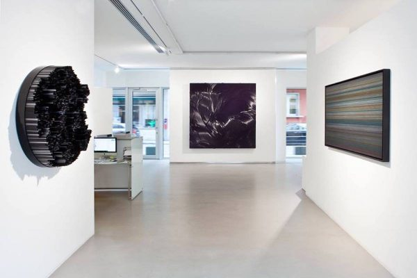 """Black. An Idea of Light"", a cura di I. Bignotti and P. Tavazzani Formenti, 2015, Cortesi Gallery, Lugano, foto G. Agliardi."